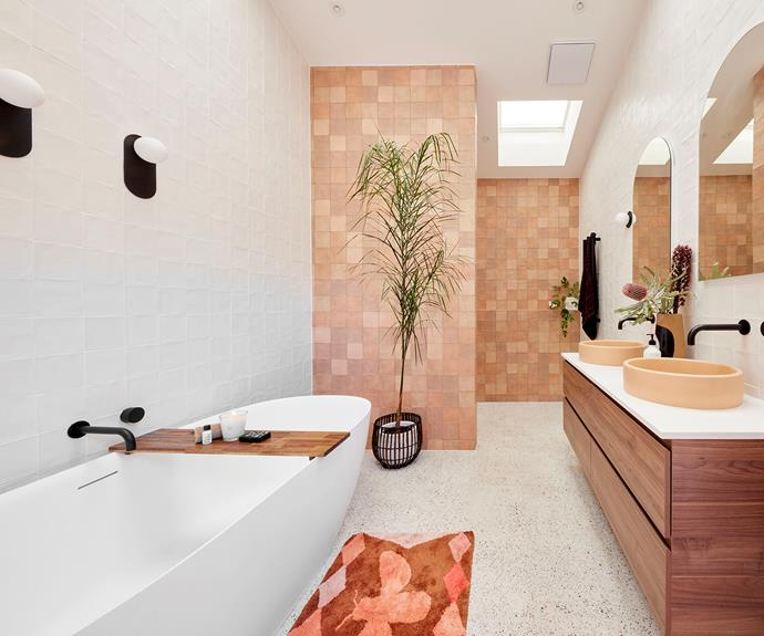 Tanya and Vito had just two days to lay 1500 tiles to complete their bathroom.