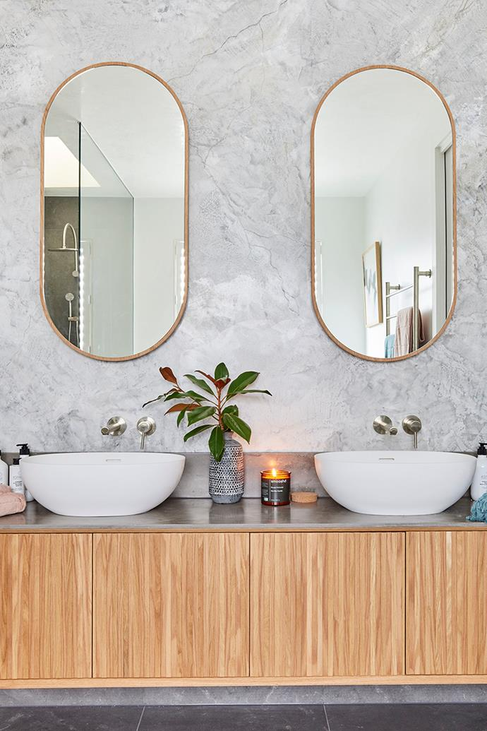 """Darren and Shaynna liked the twins' use of Venetian plaster as a feature wall. 'Issy blossom' mirrored shaving cabinets in gold from [Reece](https://www.reece.com.au/product/issy-blossom-500-x-1000mm-mirror-with-shaving-2399863