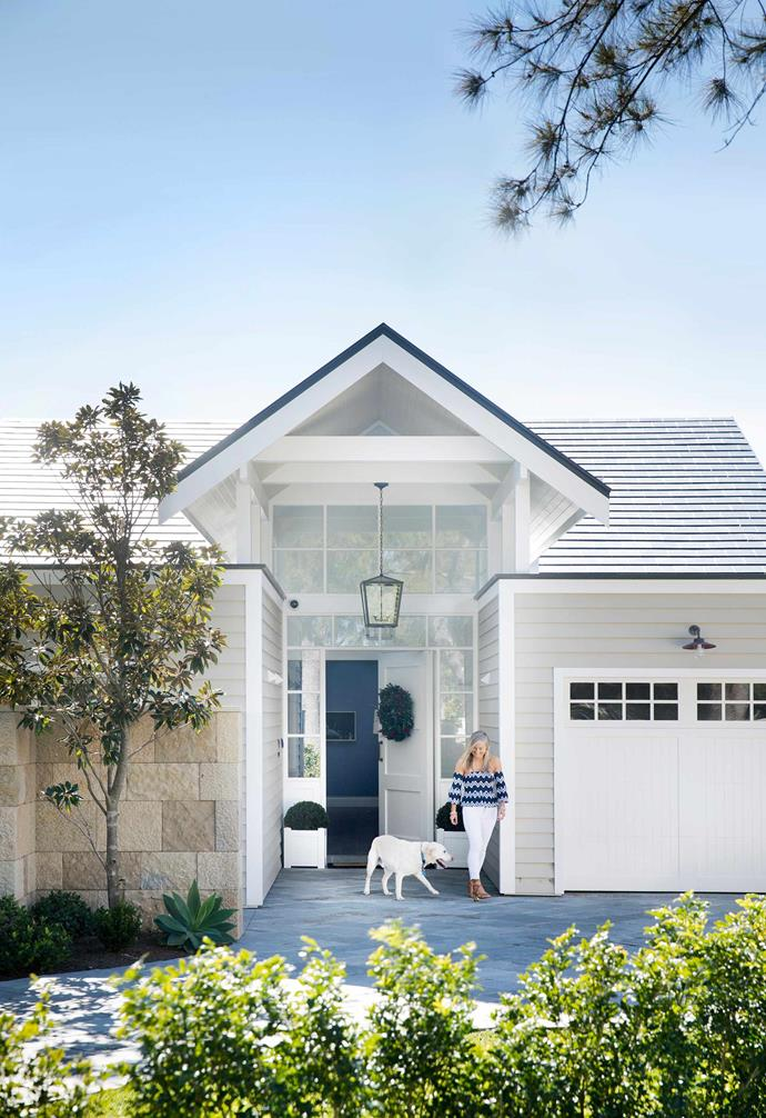 """A Hamptons-inspired makeover transformed this [striking Sydney home](https://www.homestolove.com.au/modern-hamptons-home-sydney-19531
