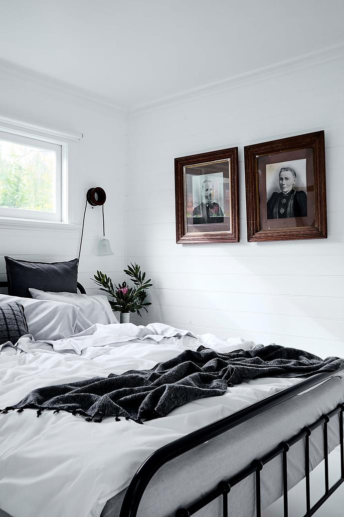 """In the guesthouse, vintage portraits hang beside the bed, layered with [Sheridan linen](https://www.sheridan.com.au/bedroom/popular-collections/abbotson-luxe-linen.html? target=""""_blank"""" rel=""""nofollow""""), and a woollen throw bought on a trip to Nepal."""