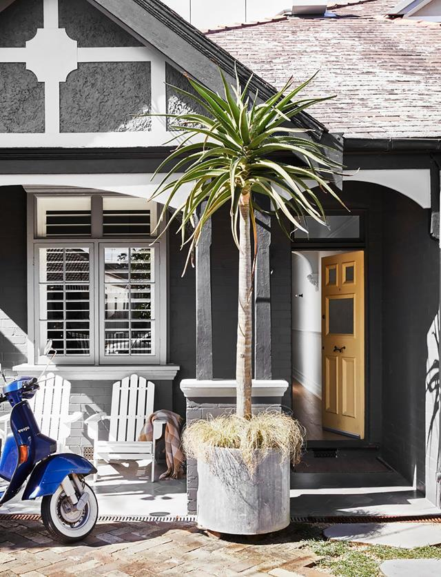 """The statement front door of architect Carla Middleton's [cleverly renovated family home](https://www.homestolove.com.au/architects-cleverly-renovated-family-home-21870/