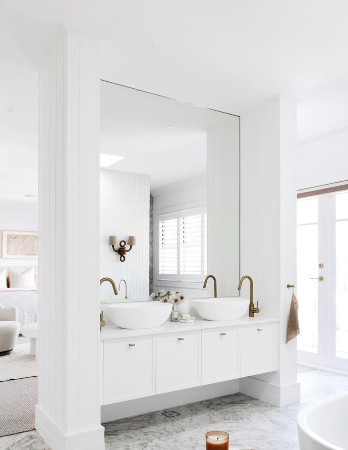 Custom vanity, Carrera by Design. Caesarstone Pure White benchtop. Basins and tapware from Reece.