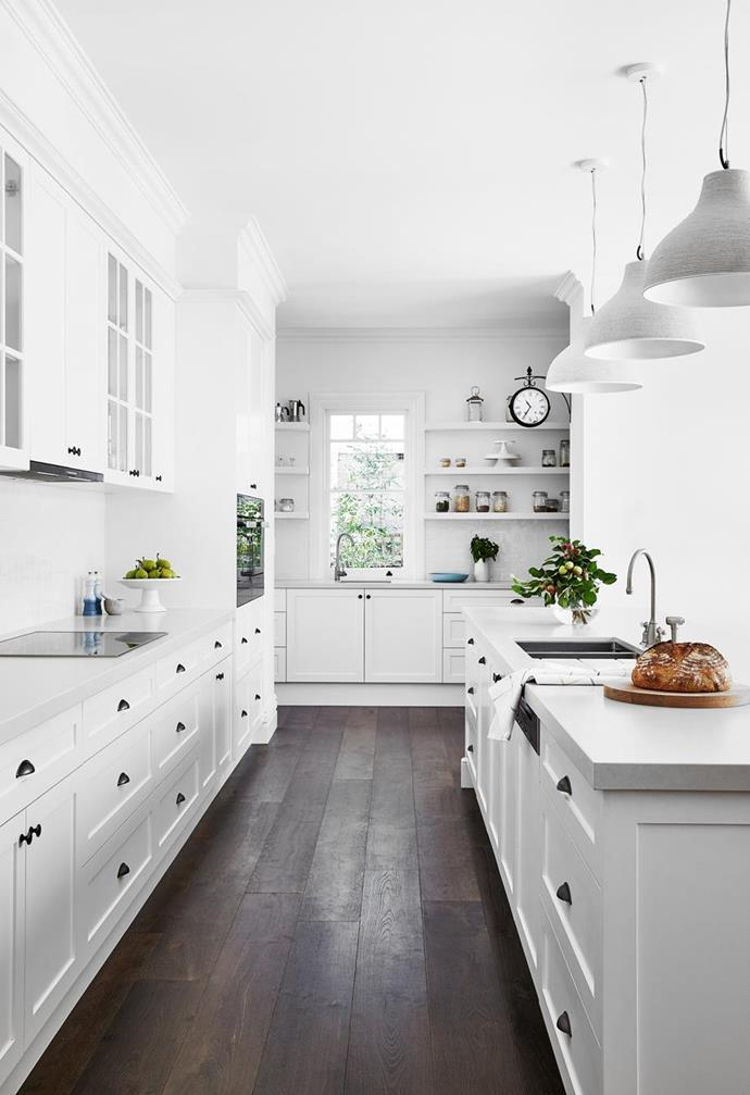 """The kitchen's prep space blends past and present in this [refreshing Federation-era home on Sydney's North Shore](https://www.homestolove.com.au/fresh-federation-home-sydney-22862