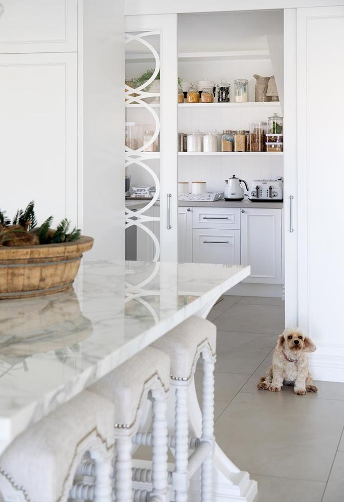 """Bespoke kitchen joinery delivers functionality and plenty of storage in the [butler's pantry](https://www.homestolove.com.au/hamptons-style-butlers-pantry-6287