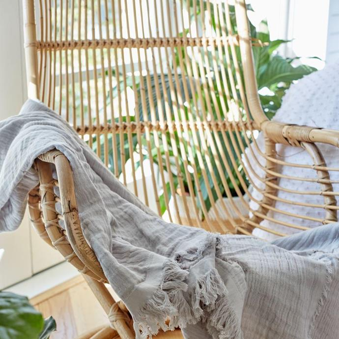 """**[Texture Throw in Mist XL](https://myhouse.com.au/collections/home-beautiful/products/home-beautiful-texture-throw?variant=39330894348360 target=""""_blank"""" rel=""""nofollow""""), 140cm x 180cm, $89.99**  The refined colour options and generous size of the Texture throw in mist makes this the perfect piece draped overthe couch or layered onto a bed."""