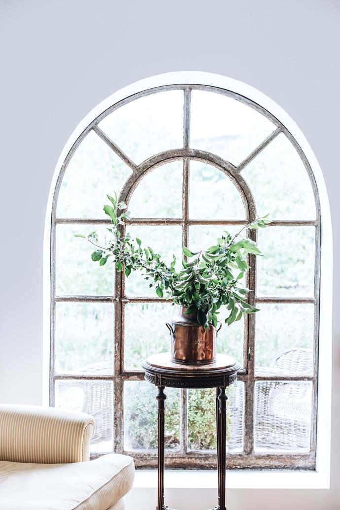 The arched window brings in light.