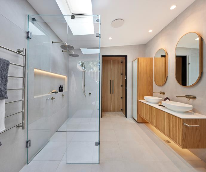 """Zuster [vanity](https://www.reece.com.au/product/issy-halo-i-1500mm-x-450mm-x-450mm-vanity-2350306