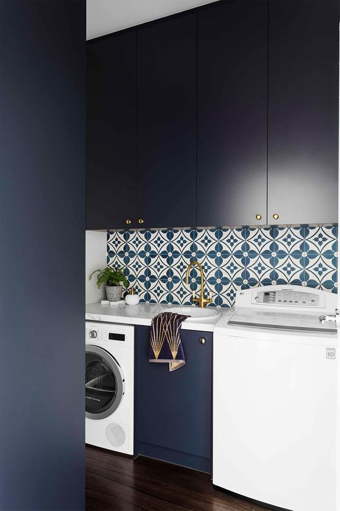 """The old laundry in this Melbourne weatherboard double-fronted home was transformed into this [small and pretty laundry](https://www.homebeautiful.com.au/laundry-makeover-small-and-pretty