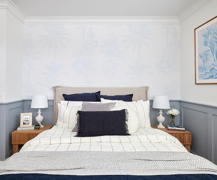 """""""If this room had been painted this colour originally, it may very well have won back in week one,"""" said Darren. Bedlinen [L&M Home](https://www.lmhome.com.au/products/grosgrain-navy-sheet-set?_pos=1&_sid=3f2bb6230&_ss=r target=""""_blank"""" rel=""""nofollow"""")."""