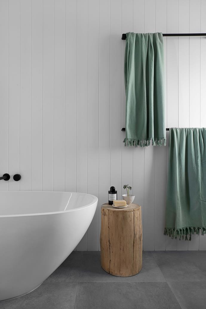 "**MAIN BATHROOM** Bathtub, [Highgrove Bathrooms](https://www.highgrovebathrooms.com.au/|target=""_blank""|rel=""nofollow""). Tonk stool, [MCM House](https://www.mcmhouse.com/|target=""_blank""|rel=""nofollow"")."