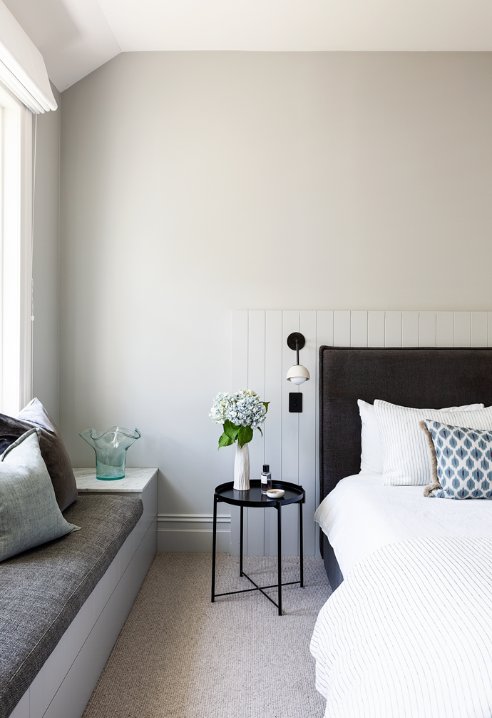"""The soothing main bedroom of this [period home in Mosman](https://www.homestolove.com.au/elegant-renovated-victorian-home-mosman-22468