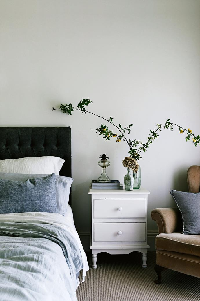 """The main bedroom of this [welcoming family homestead near Coleraine](https://www.homestolove.com.au/welcoming-family-homestead-near-coleraine-victoria-13987