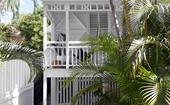 Beach society: A Queenslander workers cottage becomes an entertainer's paradise