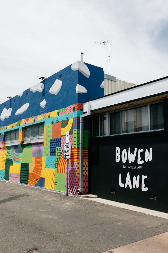 The entrance to Bowen Lane.