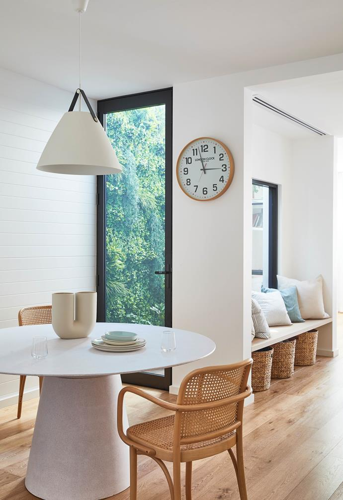 """**DINING AREA** A table from [GlobeWest](https://www.globewest.com.au/