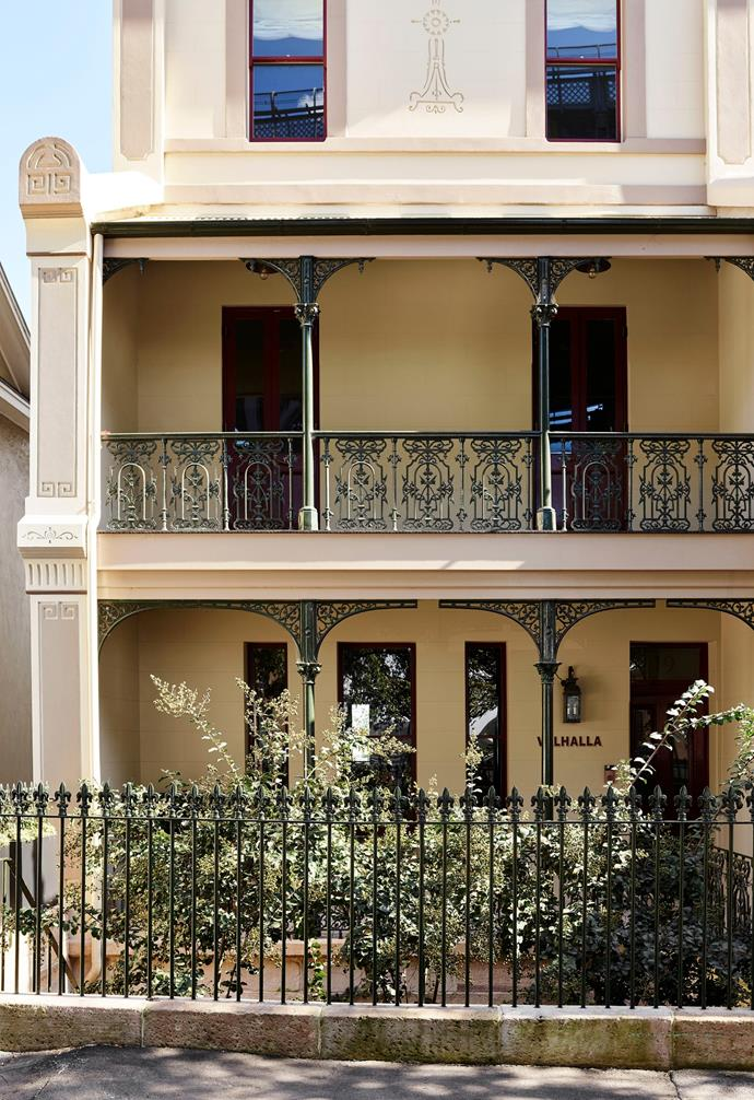 The facade and the cast-iron balustrading have been painstakingly restored.