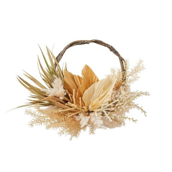 "Boho brown & cream fan wreath, $149.99, [Adairs](https://www.adairs.com.au/homewares/christmas/adairs/boho-brown--cream-fan-wreath/|target=""_blank""|rel=""nofollow"")"