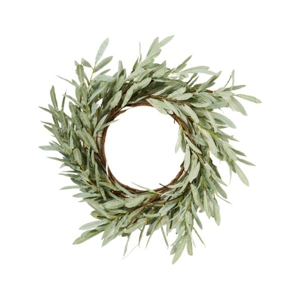 "Eucalyptus LED wreath, $119, [Papaya](https://www.papaya.com.au/eucalyptus-led-wreath-large|target=""_blank""|rel=""nofollow"")"