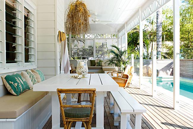 Outdoor rooms take advantage of extra space and add a casual entertaining area to your home. Here are 8 gorgeous ideas to inspire your own outdoor oasis. 1. Extend the [pool](http://www.homelife.com.au/decorating/galleries/5+top+pool+design+tips,22489) deck to create a new entertaining area. | Photo: Prue Ruscoe