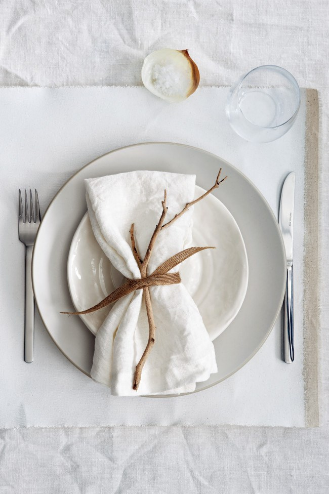 **7.** Be inspired by the organic, raw tones of [branches](http://www.homelife.com.au/decorating/trends/why+dont+youcreate+a+tree+branch+hanging+railr,16423), mottled ceramics and coarse linen and hessian. Tie a torn length of ribbon around your napkin, sliding through a sculptural twig, for a napkin setting.  [**\*How to decorate a table for lunch\***](http://www.homelife.com.au/decorating/galleries/how+to+decorate+a+table+for+lunch+,22814)   Photo: Guy Bailey