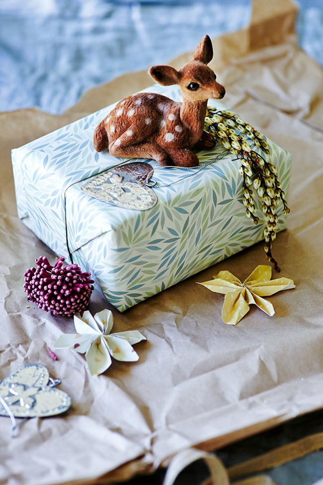 """**Patterned gift wrapping:** Surely there's nothing more tempting than beautifully wrapped presents, sitting for days under the [Christmas tree](https://www.homestolove.com.au/10-diy-christmas-tree-alternatives-4365