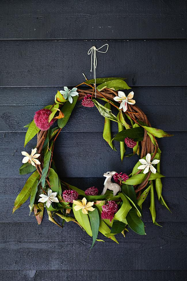 """**Fresh flower wreaths:** Forget digging out musty wreaths from the garage and weave your own this season with some fresh foliage or make a statement with a [succulent wreath](https://www.homestolove.com.au/how-to-make-a-succulent-wreath-10589