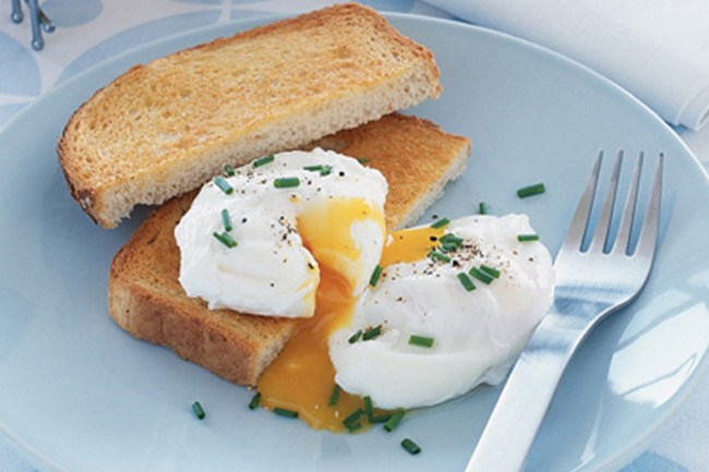 4\. Poached eggs. Master the art of poaching eggs and you'll always be ready to create a quick and tasty meal. [How to make perfect poached eggs](http://www.homelife.com.au/recipe/how+to+make+perfect+poached+eggs,5206)