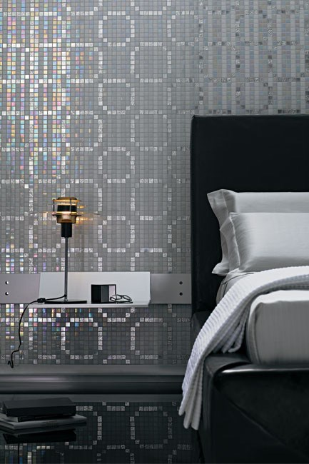 'Rings Oro' tile decoration in Bianco by Bisazza, from Pazotti.