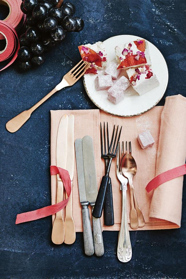 """Non-traditional Christmas colours can still convey the festive season when combined with touches of gold and ribbon. If you love baking up a storm, why not try giving your loved ones one of these [edible gifts](https://www.homestolove.com.au/christmas-food-presents-19316