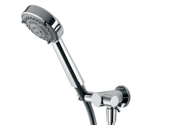 **Shower heads  ** Spin 95 showerhead with Chromoflex hose and Waterslide Integrated Water Union rotating bracket, from [Rogerseller](http://www.rogerseller.com.au/).