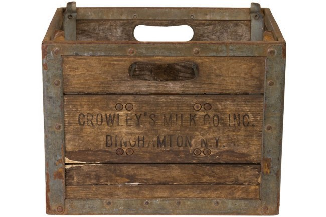 **Country kitchen** | Vintage milk crate, from [Dirty Jane's Emporium](http://dirtyjanes.com/).