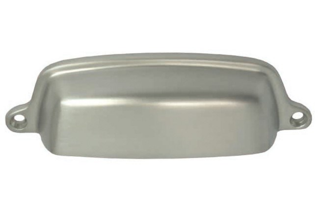 **Country kitchen** | B&M Hardware '_Shaker_' cup pull in Brushed Nickel, from [Mother and Pearl & Sons](http://www.motherofpearl.com/).
