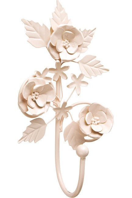 Iron flower wall hook, from [Bella Emporio](http://www.urbanwalkabout.com/balmain/fashion/boutiques-shops/).