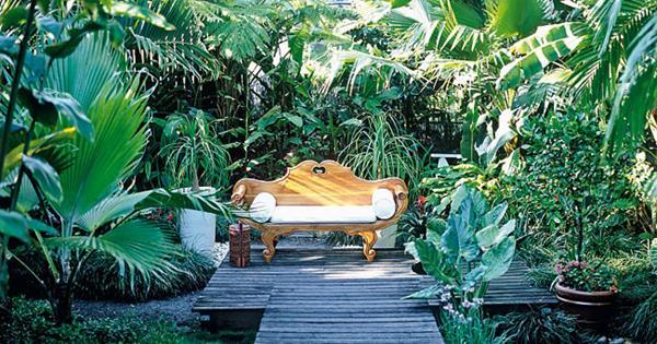 Garden Ideas Small Landscape Gardens Pictures Gallery: Tropical Garden Paradise