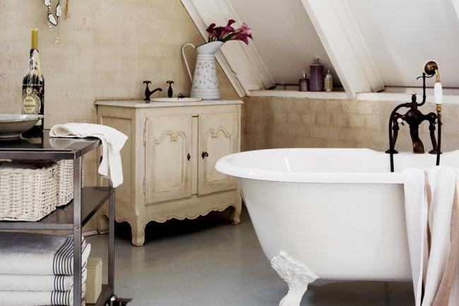 A trolley, used to store [towels](http://www.homelife.com.au/homes/galleries/bath+towels,10347) and other bathroom toiletries is both a practical and stylish solution in creating a French themed washroom. | Photo: Sam McAdam-Cooper