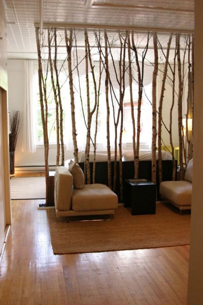 Natural branch room divider, image from [Alleideen](http://www.alleideen.com/wohnideen/10/raumtrenner-ideen-raumverteilung.html)