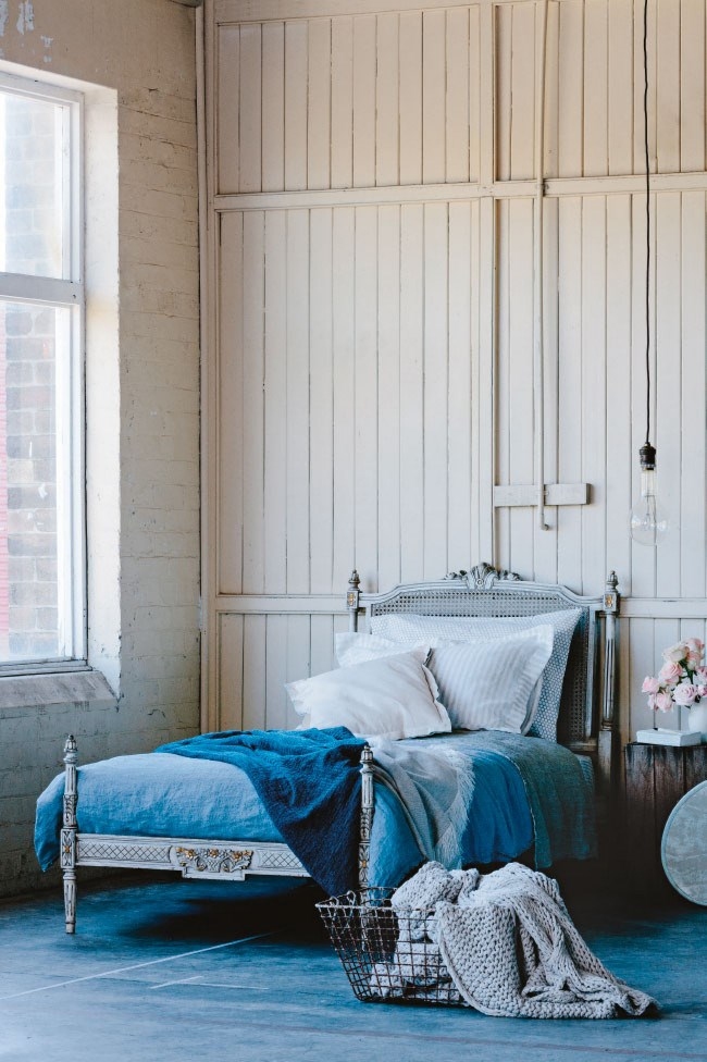 Curl up and drift into dreams with one of these beautifully styled sleep havens.  Often we think of artworks, curtains, rugs and bedcovers as the pieces that really create the mood in a bedroom, but the bed, too can be a focal point. A decorative bed, or a dramatic bed-head, can be the starting point for your entire bedroom plan.
