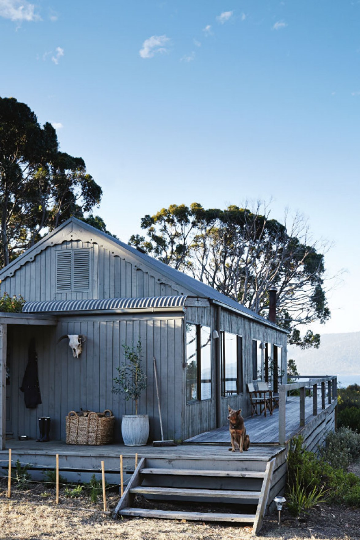 """**SATELLITE ISLAND, TAS**<br>  <br>With nothing but the wildlife, wind and sea as your soundtrack, time slips away on [Satellite Island, a 34-hectare private island](https://www.homestolove.com.au/your-own-private-island-retreat-13661