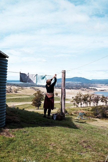 Hanging out the washing with a view to the Freycinet Peninsula. | Photo: Jared Fowler