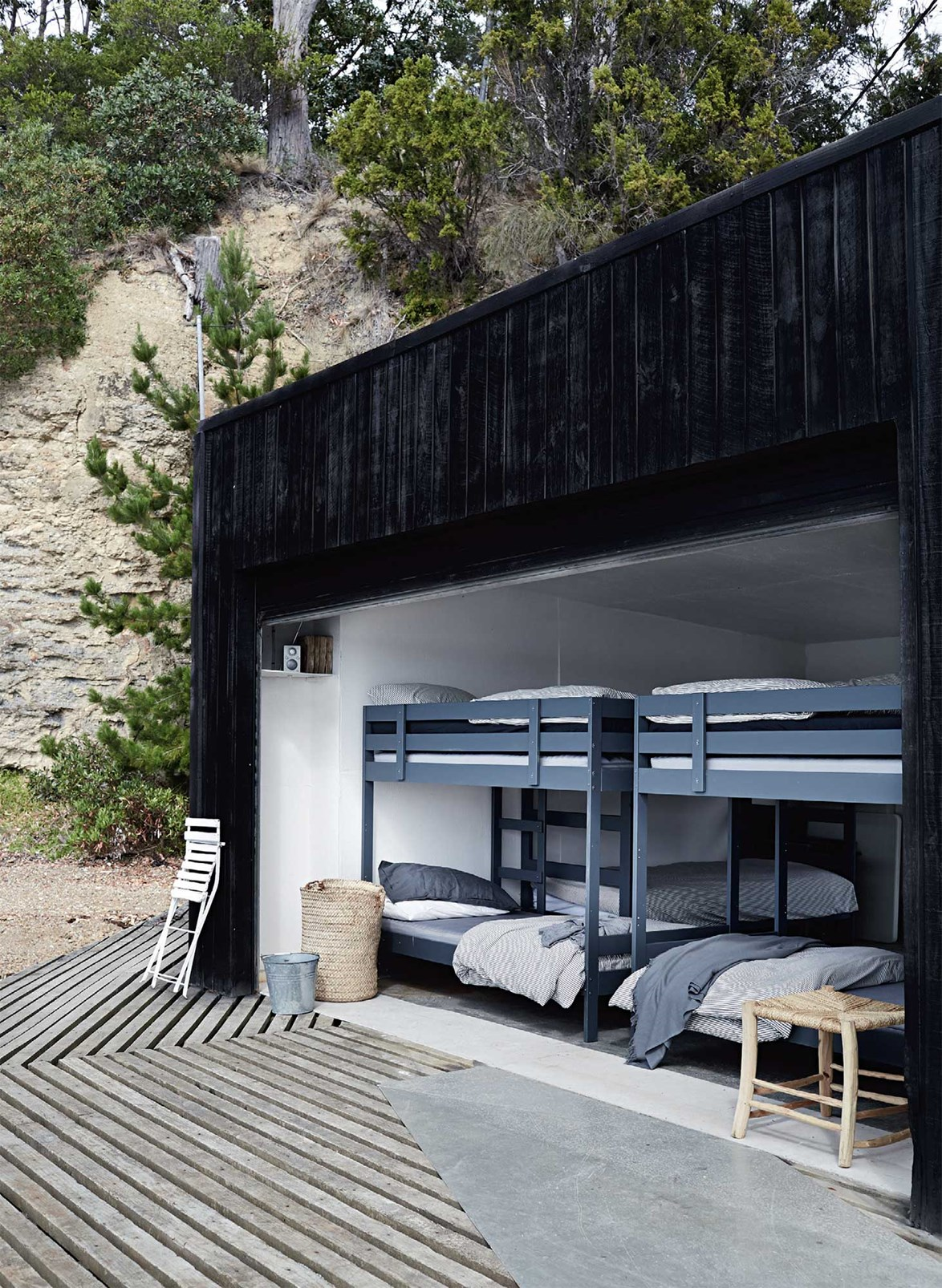 "A boathouse transformed into a bedroom has helped make Summer House at [Satellite Island](https://www.homestolove.com.au/your-own-private-island-retreat-13661|target=""_blank"") the guest accommodation dreams are made of."