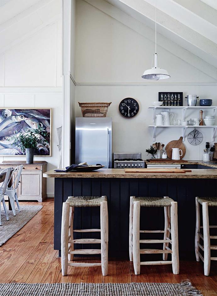 """Polished timber floors and coir mats are part of the simple [holiday-home atmosphere](https://www.homestolove.com.au/byron-bay-best-boutique-hotels-19524 target=""""_blank""""). You can all but smell the salmon baking in the oven."""