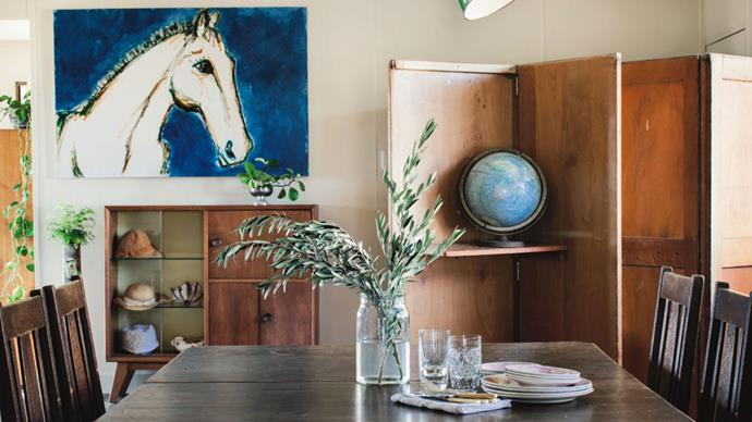 Welcome to Mount Lonsdale, a sprawling cattle farm where graphic designer and painter of horse portraits Laura Douglas lives with her family. Her house is the lovingly restored old Mungallala post office, which she had transported to the property.