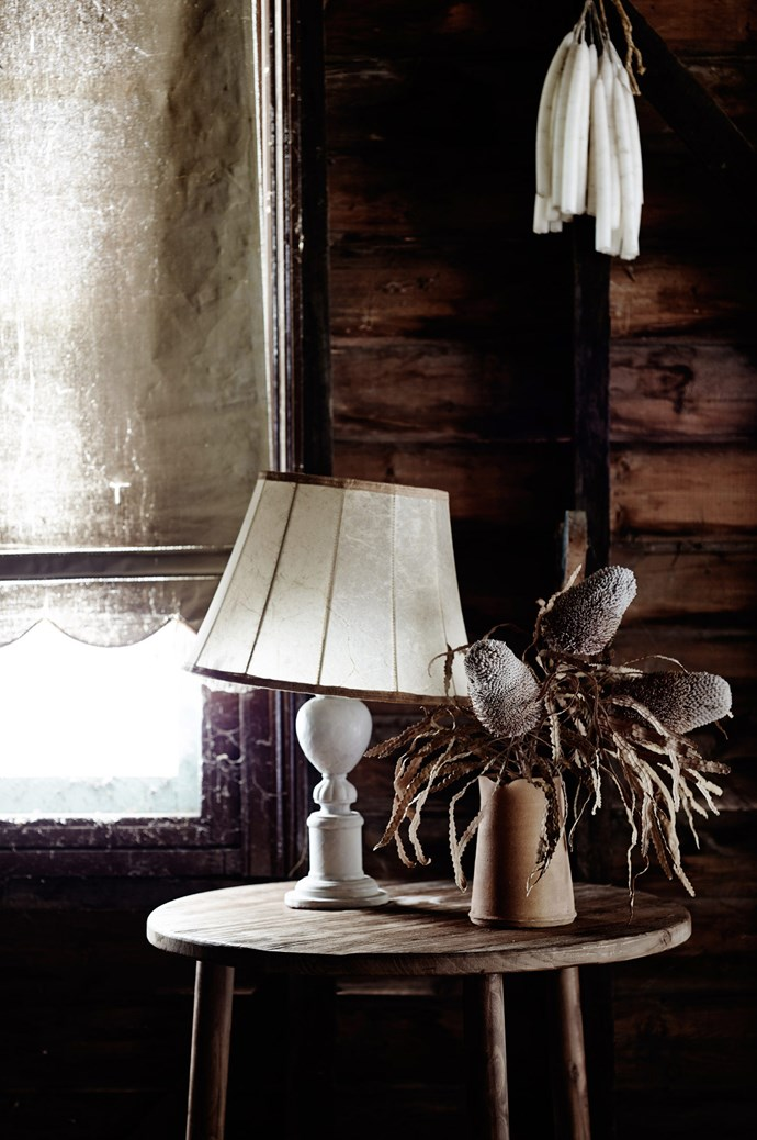 Experiment with rustic foliage and flowers. Find similar one-off lampshades from [Miguel Meirelles Antiques.](http://www.meirelles.com.au/product-category/lighting-candelabra-standard-lights/) | Photo: Mark Roper