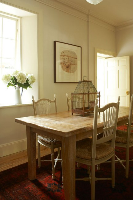 The dining room is part of the original cottage. | Photo: Michael Wee