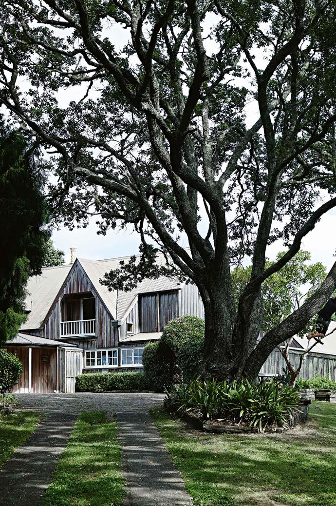 "Designed by Auckland architects [Cook, Sargisson, Pirie & Williams](http://www.cooksargisson.co.nz/|target=""_blank""