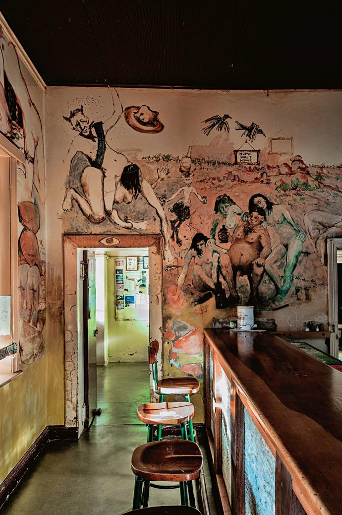 """[The Family Hotel](https://tibooburra.com.au/