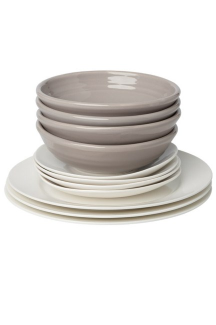 *   Tapas bowls and 'Life' side plates both from [Domayne](http://www.domayneonline.com.au/). *   'Cashmere' dining plates by [Maxwell & Williams](http://www.maxwellandwilliams.com/) part of a 18-piece set. | Photo: Craig Wall