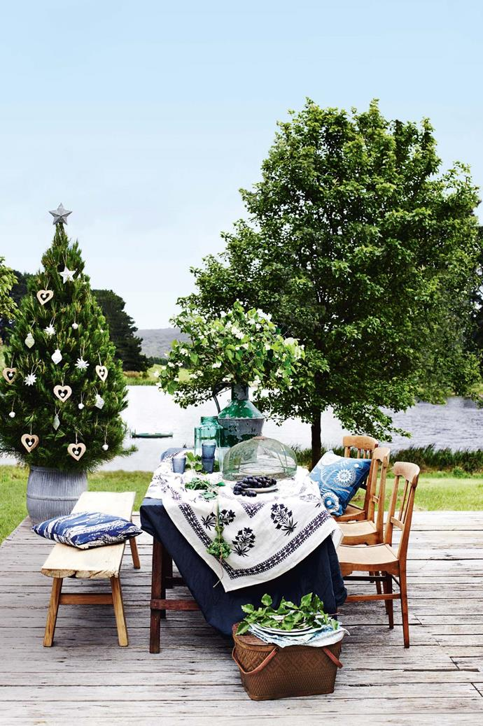 "**Take the tree outside.** Make styling a breeze by taking your [Christmas tree](https://www.homestolove.com.au/how-to-care-for-your-real-christmas-tree-2616|target=""_blank""