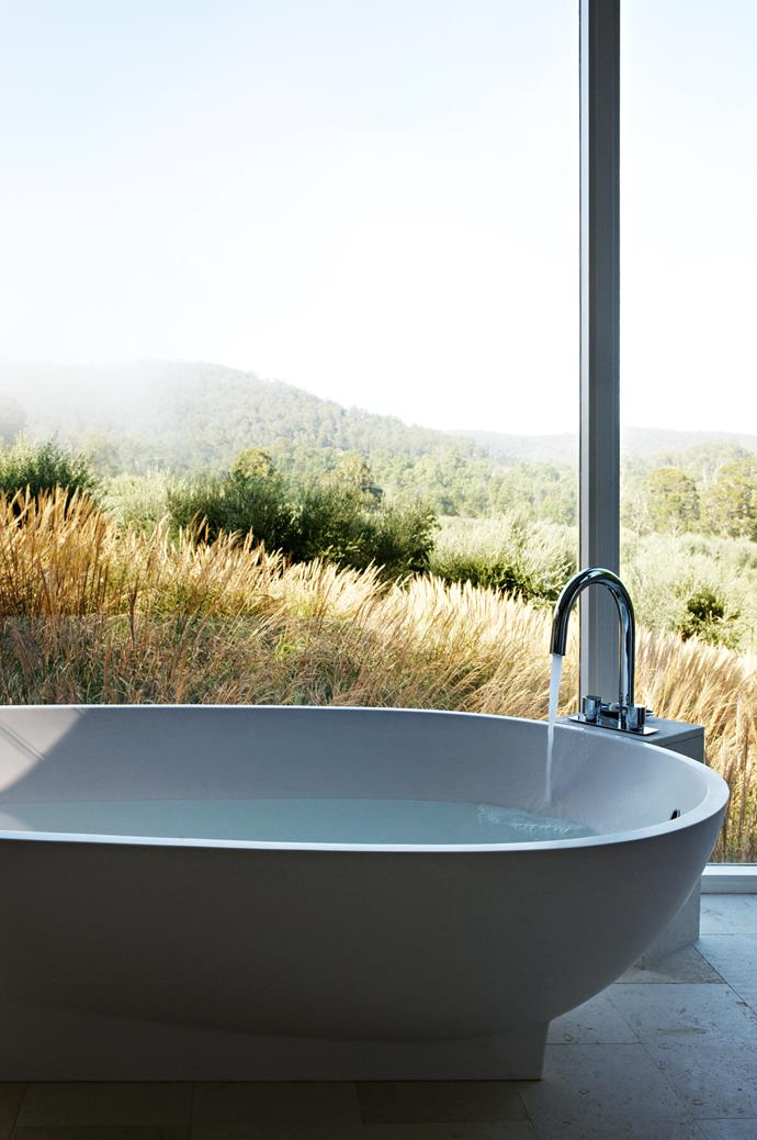 """[Views from the bathroom](https://www.homestolove.com.au/bathrooms-with-views-19407
