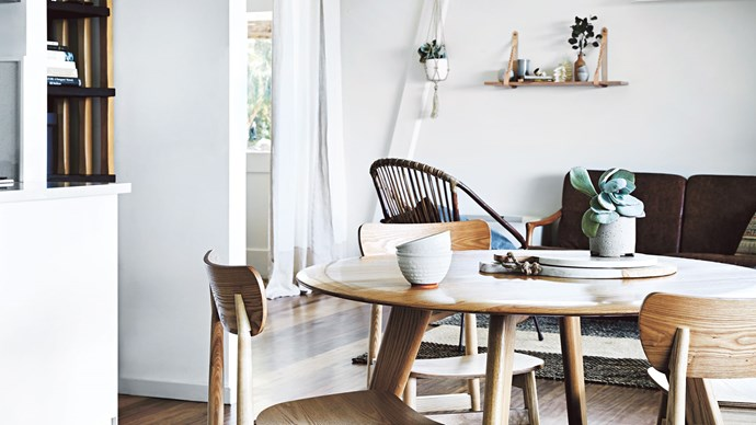 A renowned foodie and her master craftsman partner create the ultimate home-away-from-home in the Victorian seaside town of Lorne. | Photo: Tess Kelly